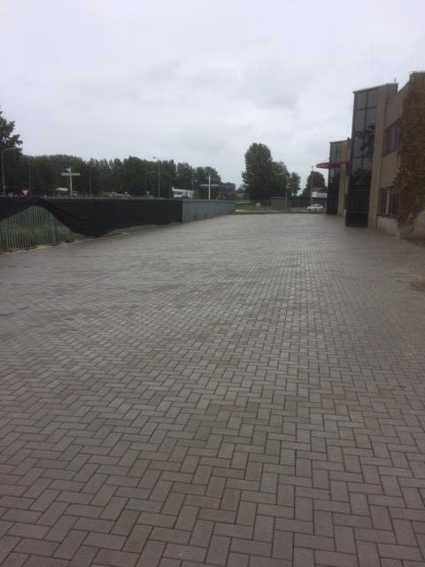 Realiseren van nieuwe parkeerplaatsen voor Merrem en La Porte te Zaltbommel